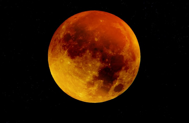 Your Guide to the Blue Moon/Blood Moon Eclipse on January 31,2018